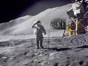 sincronia en la luna